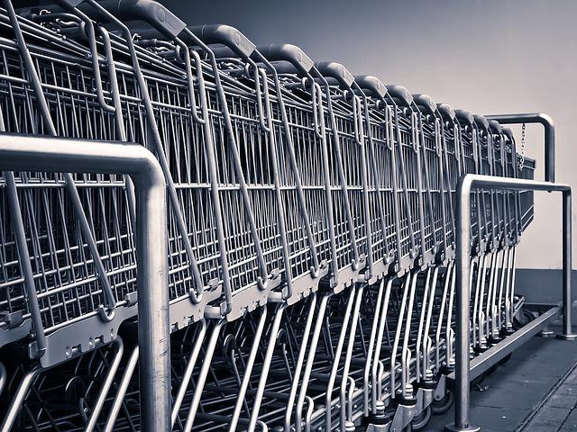 vozíky supermarketu