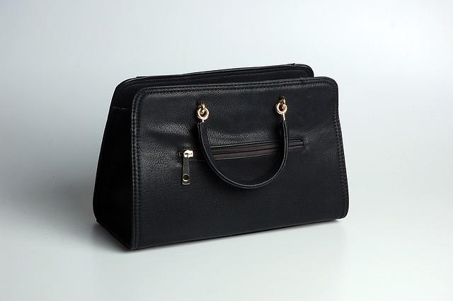 Kožená černá kabelka