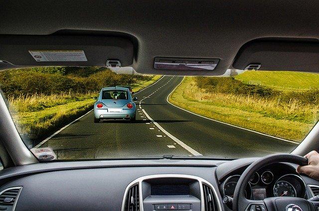 jízda na silnici, čelní sklo