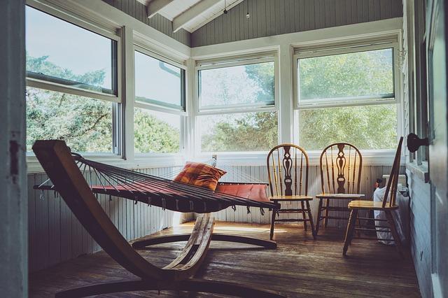 Jak do bytu, tak také do domu